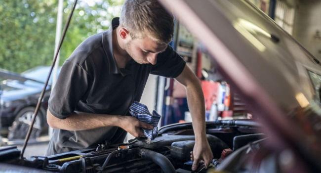Manutenzione automobili come risparmiare