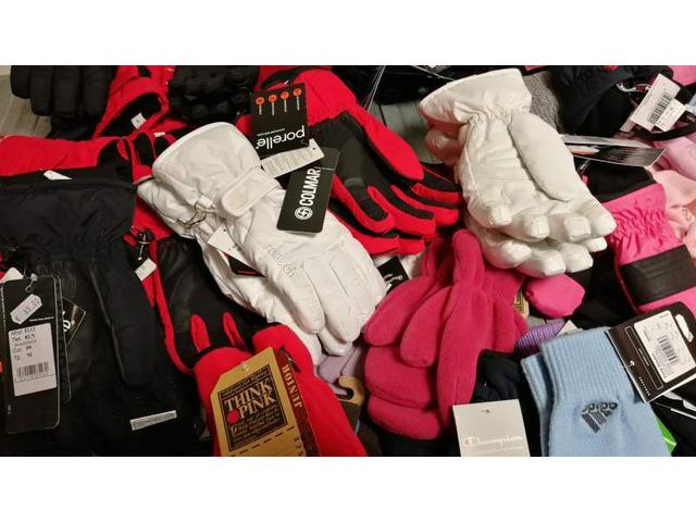 stock calzature e accessori per uomo donna e bambino