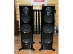 Piano Black LINN Klimax 350P Loudspeakers