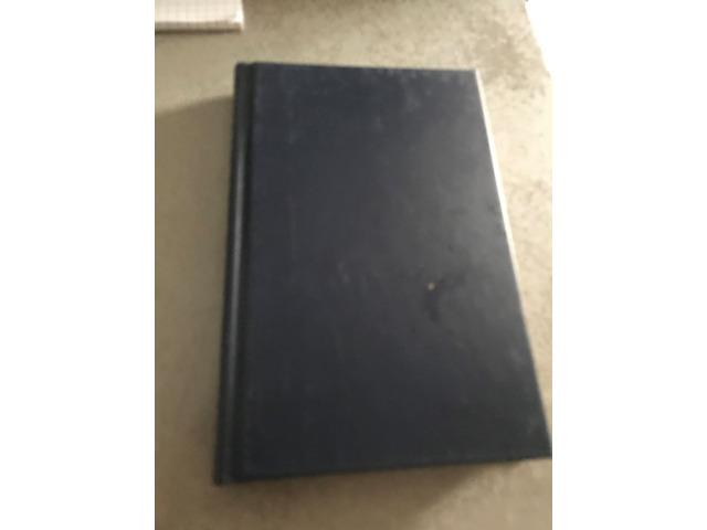 Vendo 22 libri usati sia tutto il lotto o singolarmente (BAZ 2) - 1