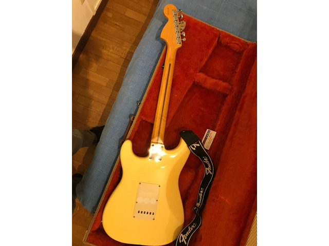 Fender Stratocaster Yngwie Malmsteen signature 2nd - 3/4