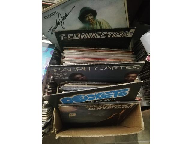vendo mix e lp discomusic anni 70 a scelta