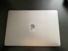 "MacBook Pro 15 ""2018 (i9 / 32 GB / 500 GB)"