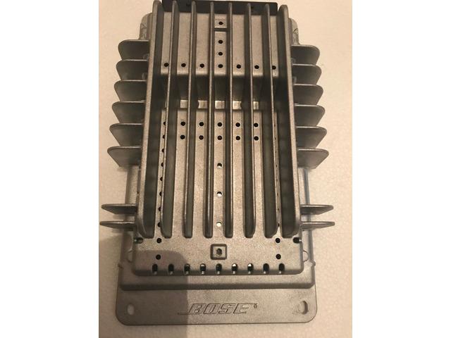 Amplificatore per auto Bose - 1/3