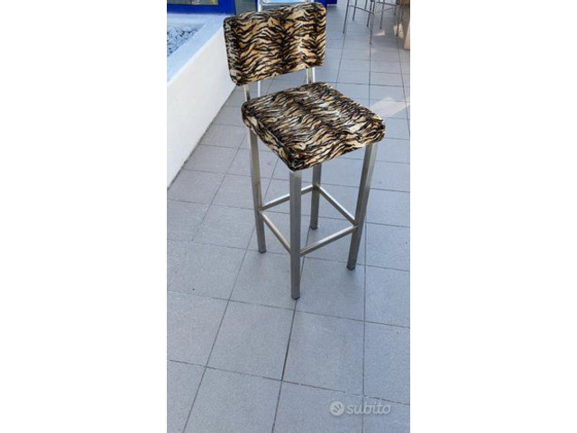 sgabelli leopardati