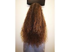 vendo capelli veri sanissimi ancora da tagliare, lunghezza 60 cm