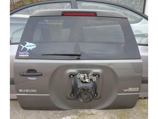 Portellone con lunotto Suzuki Grand Vitara 3P 2009