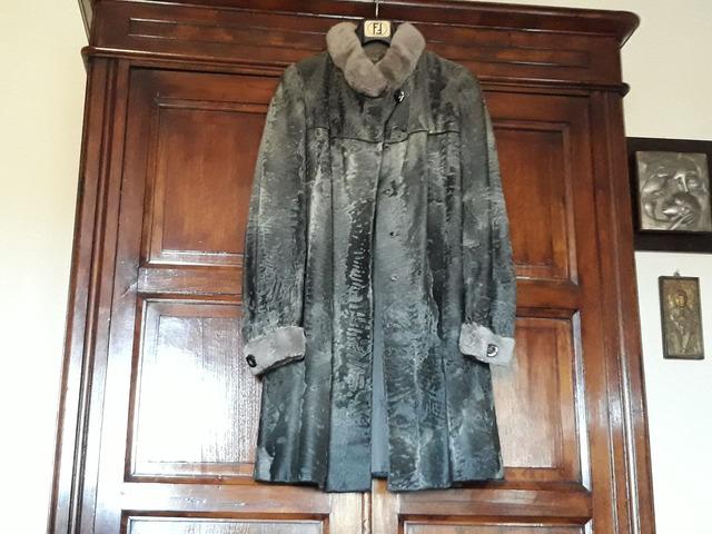 Cappotto 7/8 sette ottavi grigio in pelliccia autentica di Breitschwantz
