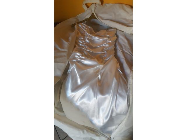bbf70f50b640 Abito da sposa Abbigliamento e accessori Giugliano in Campania ...