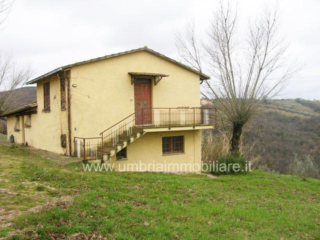 Rif. 100 casale panoramico a Gualdo Cattaneo