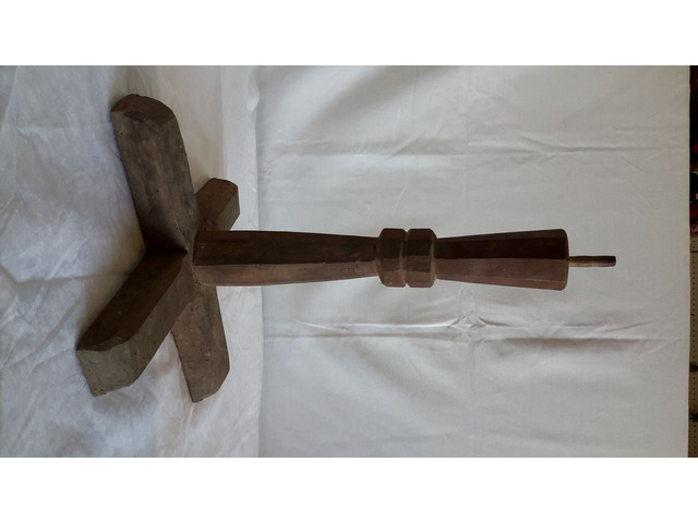 Piede in legno per Supporto TAVOLO o Basamento - 2