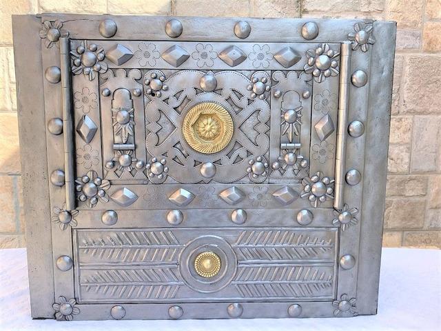 Cassaforte antica , antique safe , alter tresor