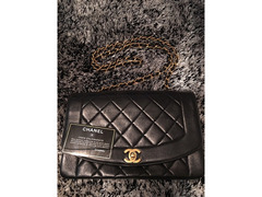 Borsa Chanel Diana Flap Classic 2,55 in pelle nera