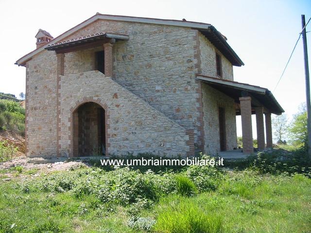 Rif. 154 casale vic Todi - 4