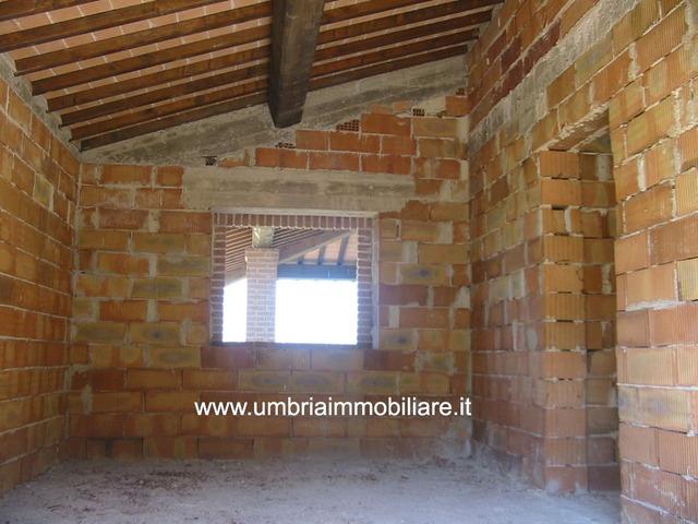 Rif. 154 casale vic Todi - 9