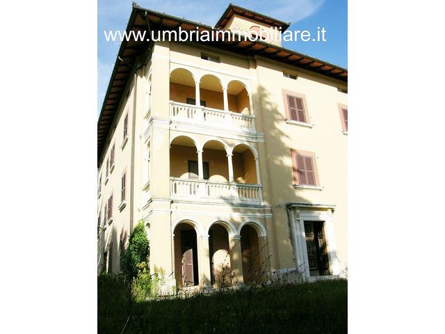 Rif. 158 villa - casale vic Todi