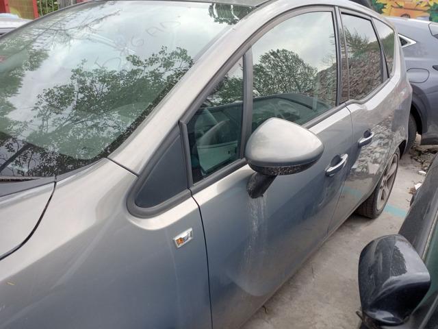 Porta portiera sportello Opel Meriva anno 2012