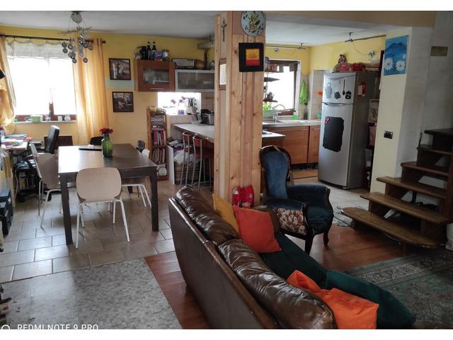 Casa singola tranquilla comodo a servizi. 3 camere openspace, pompeiana e garage - 5