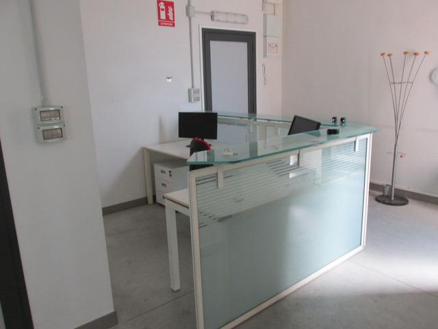 Desk accoglienza per zone accettazione