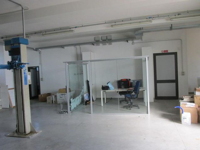 Struttura alluminio/vetro per box ufficio o sala attesa o altro - 3/3