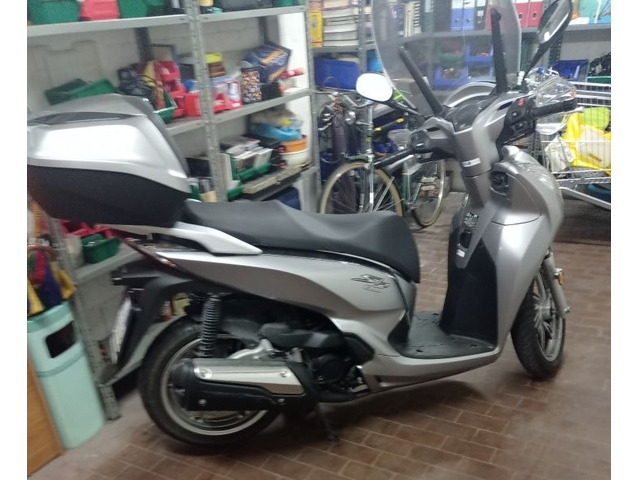Scooter sh300