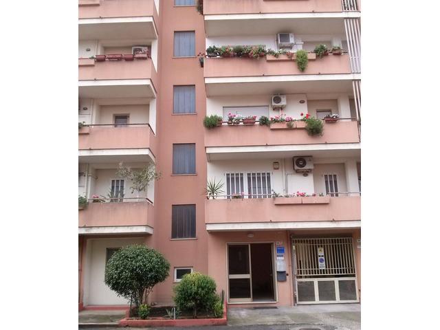 Oristano comodo appartamento centrale Giardini di Viale Repubblica - 2