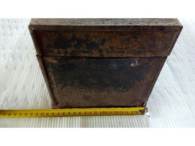 Cassetta porta attrezzi antica in metallo - 6