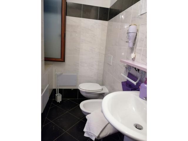 ALGHERO CENTRALE camere con bagno privato - 6