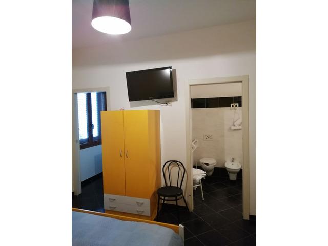 ALGHERO CENTRALE camere con bagno privato - 8