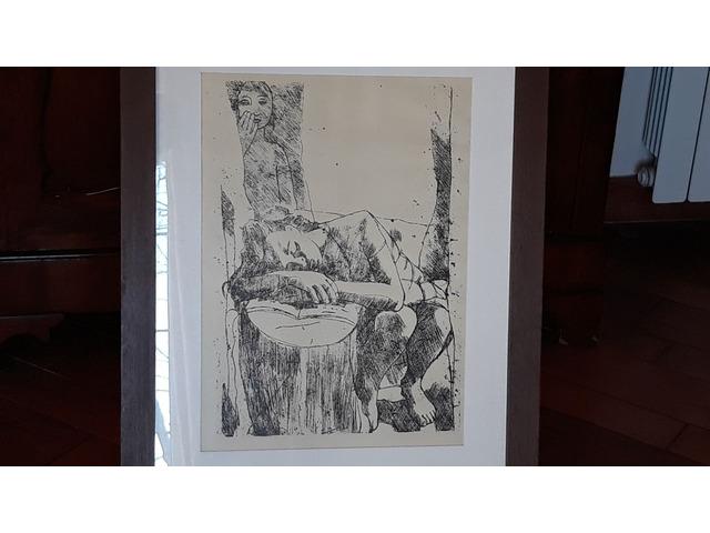 """Riproduzione litografica """"persona che dorme sopra un tronco di un albero"""" artista: Felice Casorati"""
