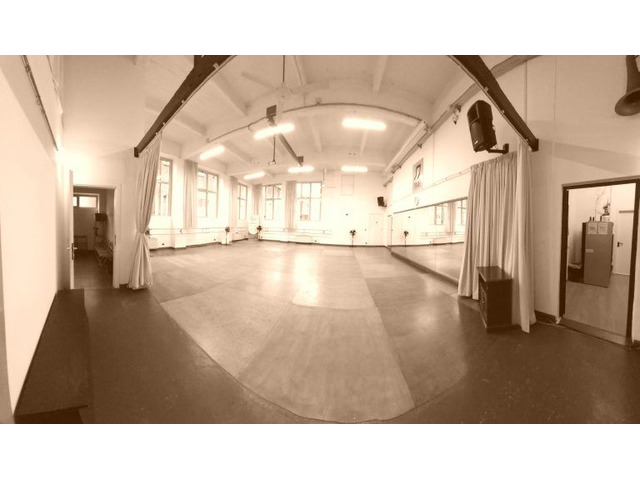 Primo Passo - Uno spazio dove la danza è sempre al centro!
