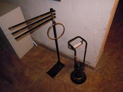 Accessori per il bagno color nero-oro