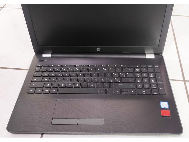 Notebook HP - 15-BS042NL (vano superiore difettoso) - MILANO - 5/6