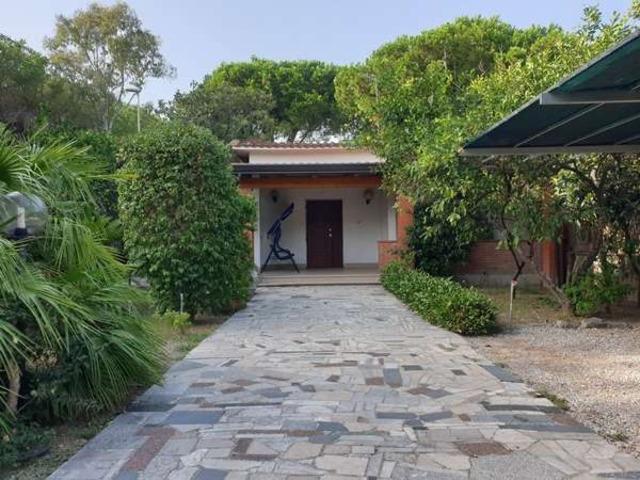Casa Eliana, villetta in vendita a Paestum - 8/10