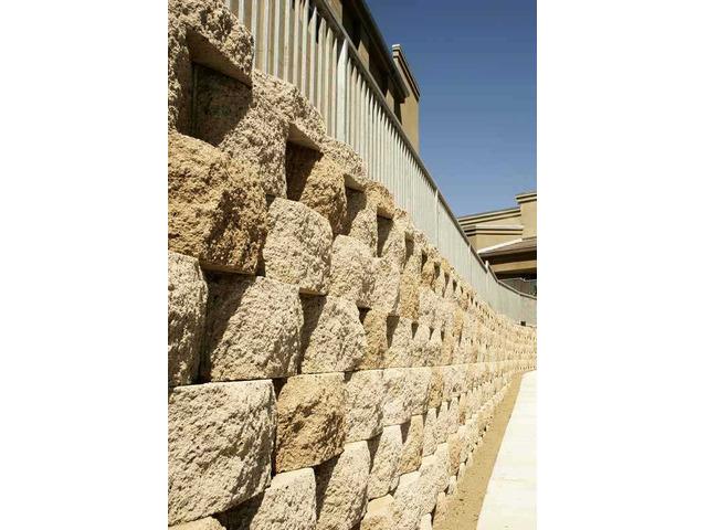 Blocchetti in cemento per realizzare muri e muretti - 3
