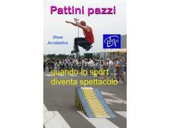 SPETTACOLO ACROBATICO CON I PATTINI