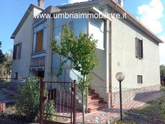 Rif. 131 casa a Spoleto