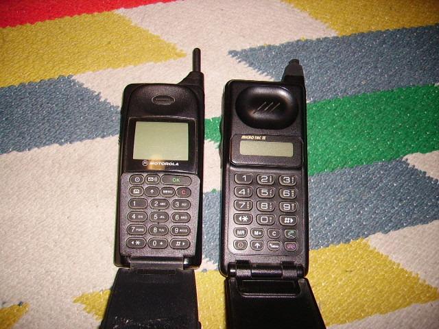Vintage Cellulare Motorola internazional 8700 - 2