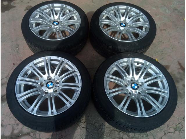 Cerchi in lega 8Jx17 con gomme BMW Serie 1 E87