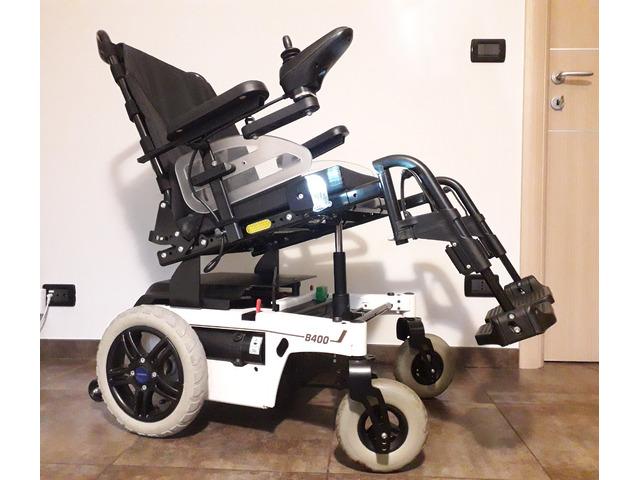 Carrozzina elettrica per disabili, ancora in garanzia un anno