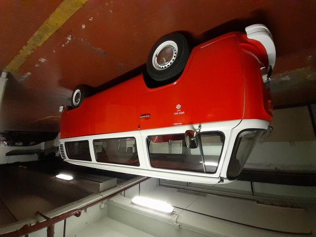 Volkswagen T2 - 1