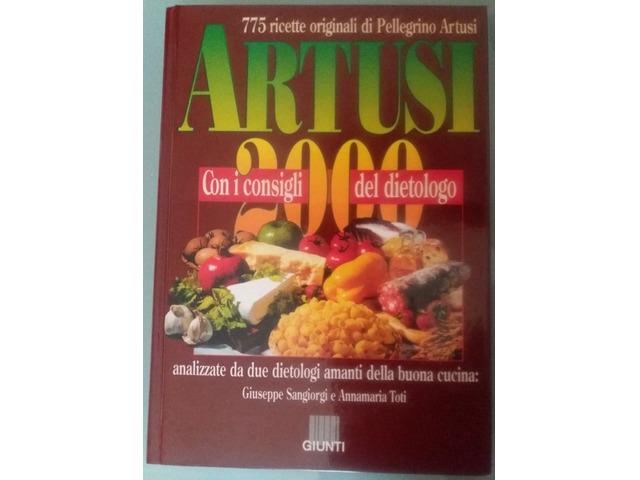 Volume rilegato ARTUSI 2000 con 775 ricette di Pellegrino Artusi