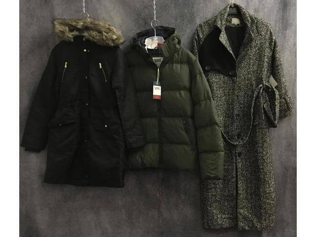Stock di abbigliamento misto distribuzione Zalando - 1