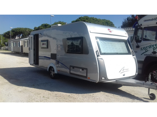 Caravan Burstner Averso Fifty 500TK