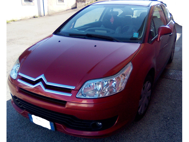CITROEN C4 coupe rossa vendesi